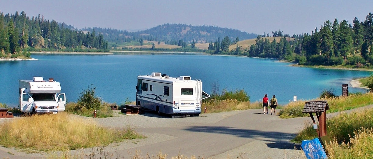 RVing at Kentucky-Alleyne Provincial Park