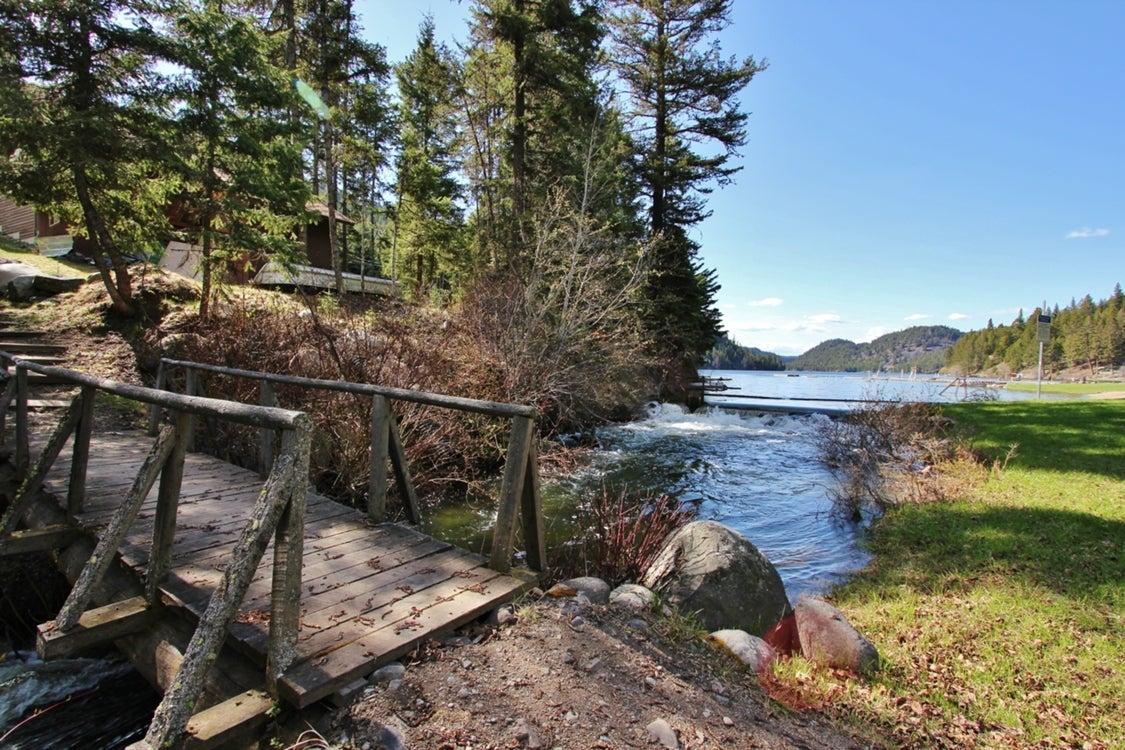 Missezula Lake Public Trail and bridge