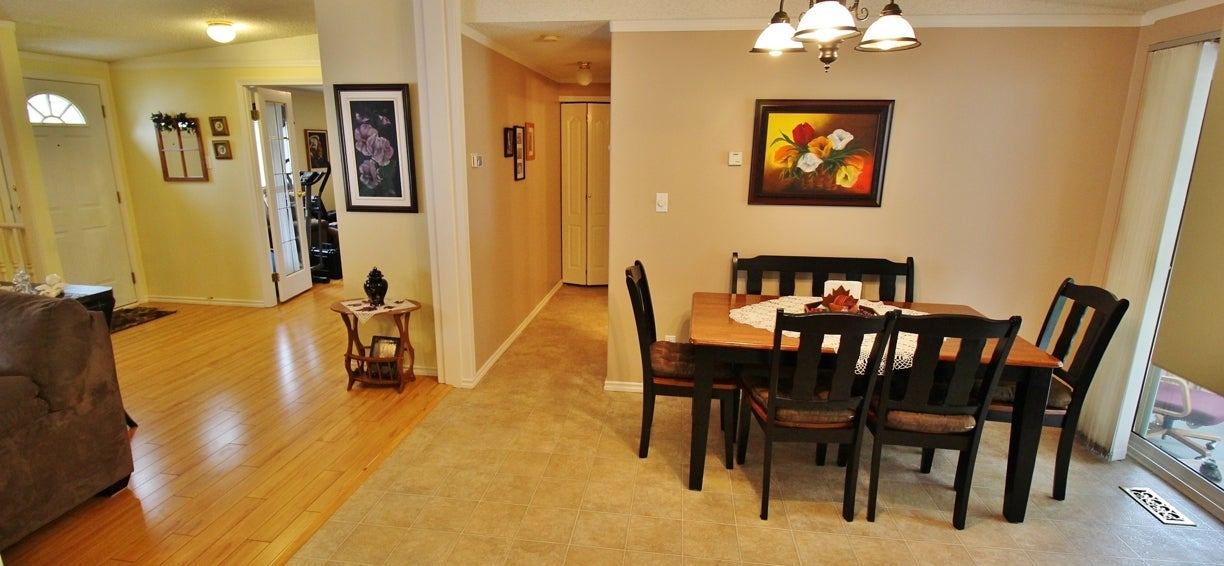 The entrance foyer and dining area at 2238 Princeton Summerland Road