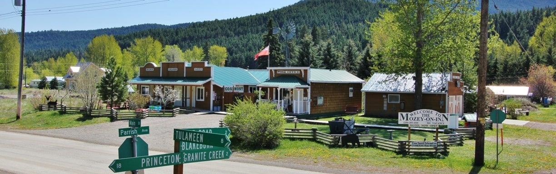 Mozey-On-Inn Motel