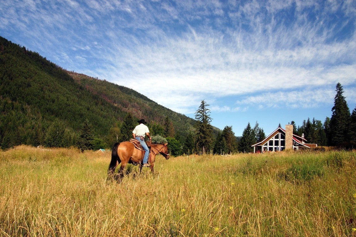 Horseback riding in Princeton BC