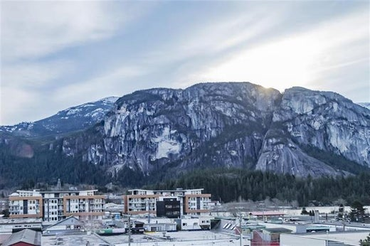 Kevin Lynch selling Squamish