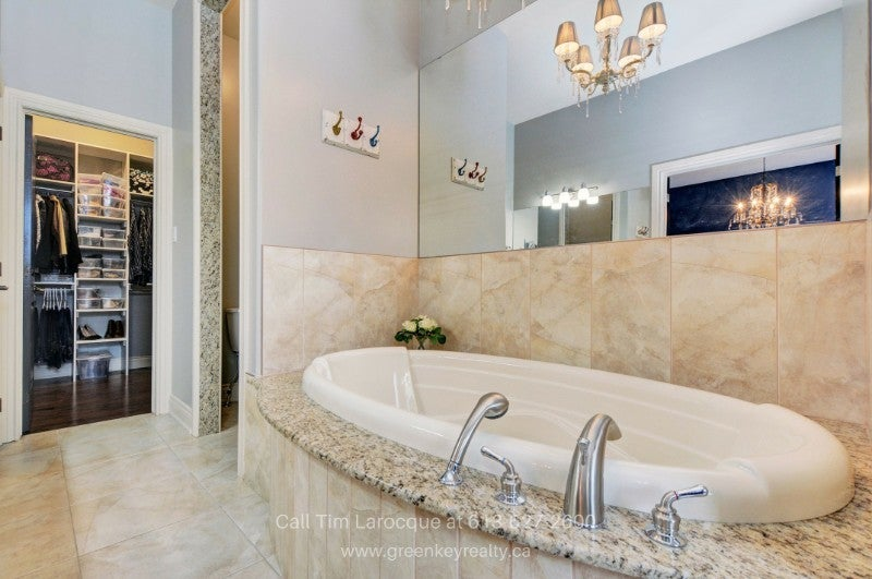 Homes in Gloucester ON - You deserve the best pampering the spacious master bathroom of this Gloucester ON home for sale delivers.