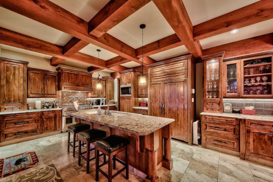 4213 Bella Vista Drive, Sun Peaks, BC – $2,100,000