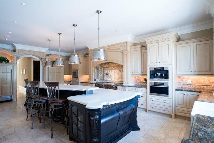 4467 Escarpment Drive, Burlington, ON – $6,850,000