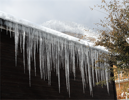 Ice Damming on a House