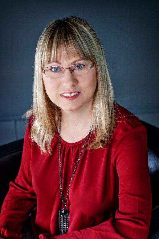 Carol Ireland Real Estate Agent Serving Wasaga Beach, Ontario REMAX