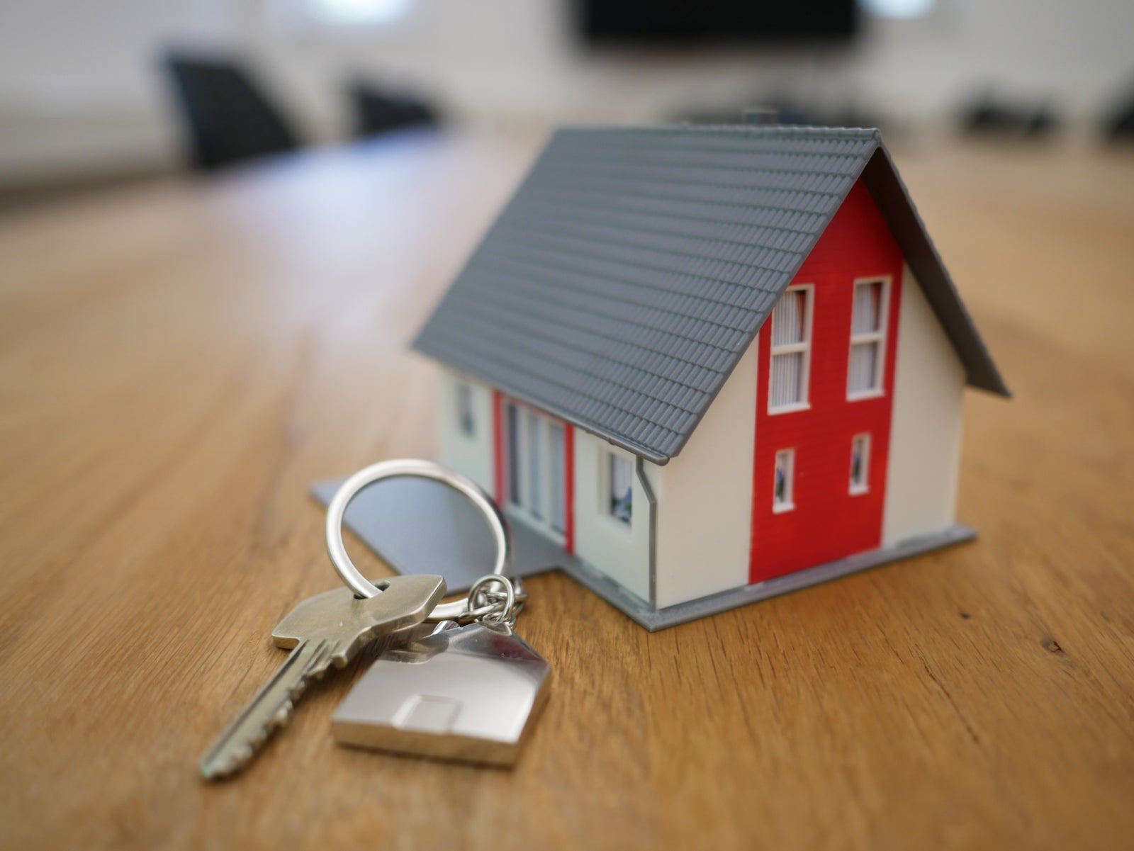 One More Reason to Hire a Real Estate Professional! - Aileen