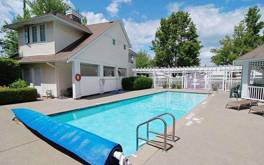 Churchill Park - Walnut Grove townhouses for sale
