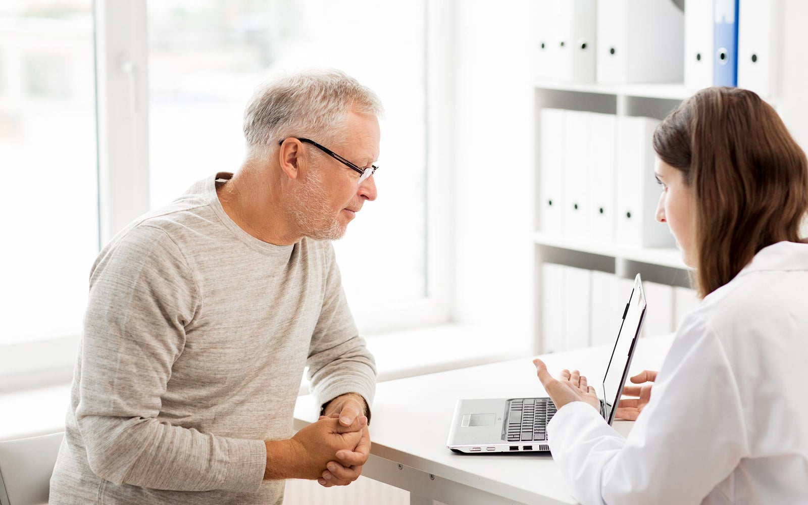 Online resources for buyers and sellers: Information for Seniors