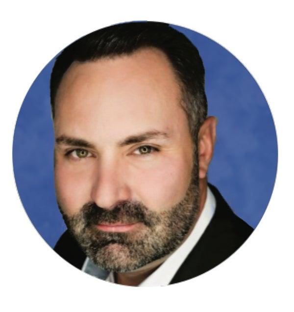 James Tunnell - Realtor, Partner, ReMax, Calgary, Trung Bien