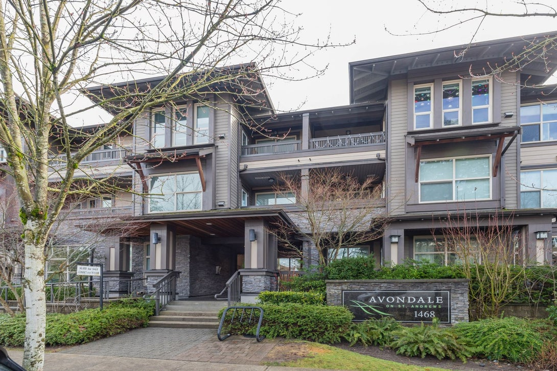 304 1468 St. Andrews Ave., North Vancouver - Exterior