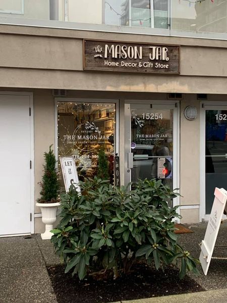 The Mason Jar in White Rock on Johnston Road and Thrift Avenue