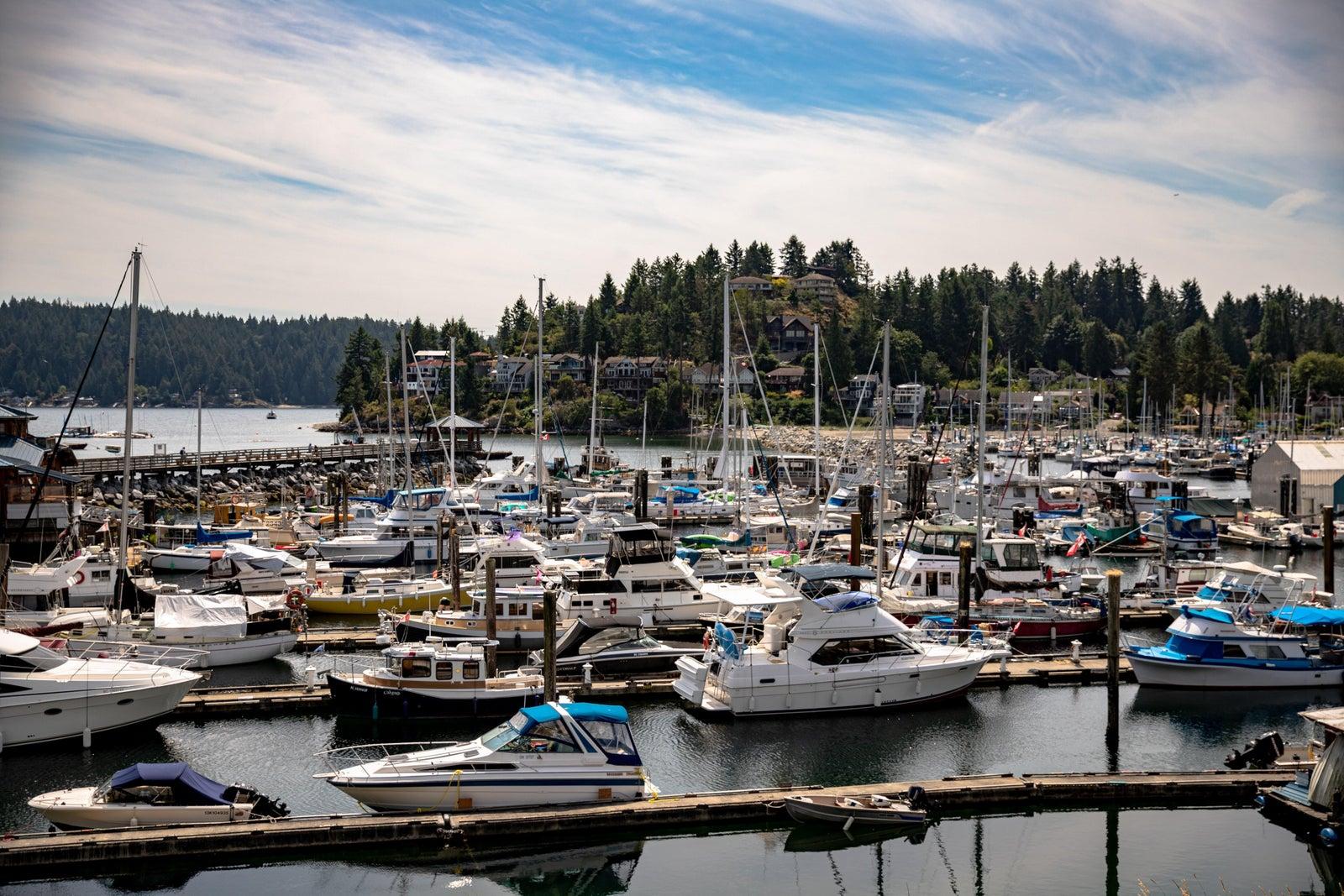 boats on the sunshine coast bc